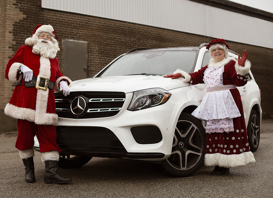 Vans Auto Sales >> Rudolph lights the way, but Mercedes-Benz will pull the sleigh at this year's Toronto Santa ...