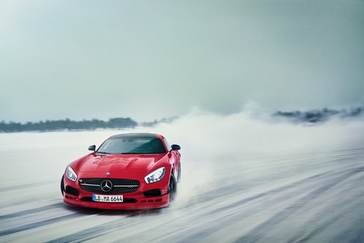 amg-winter-sporting-driving-academy-now-also-offered-in-canada